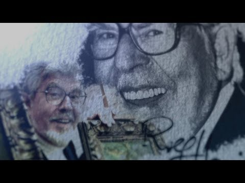 Court hears of Rolf Harris 'darker' side