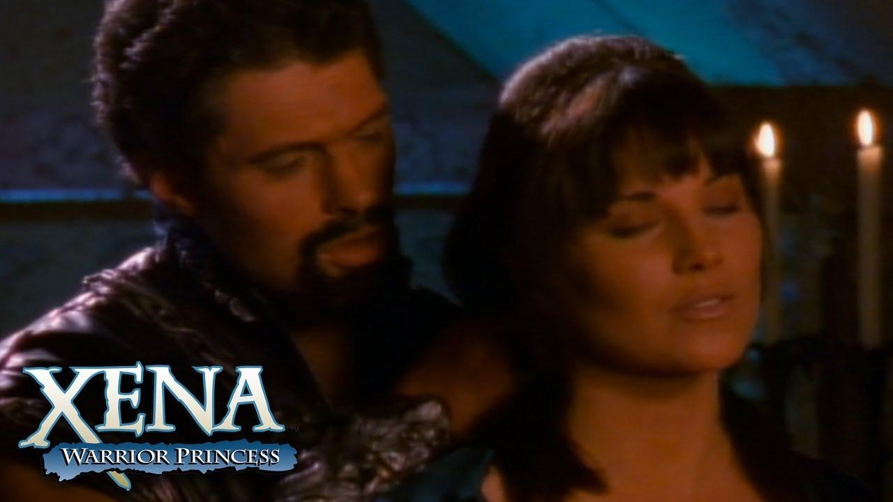 Download Xena Succumbs to Ares' temptation   Xena: Warrior Princess