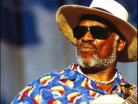 Taj Mahal & The Hula Blues Band - Blackjack Davey