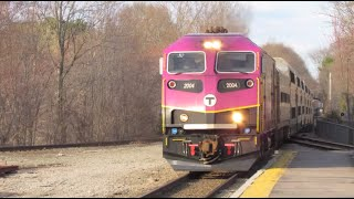 Evening Rush at  Walpole Station (MBTA & CSX Action)