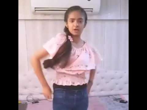 Anushka sen dance on selena gomez song slow down the song
