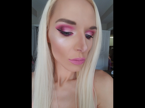 Jeffree Star Dark Horse And So Fucking Gold Highlighter Swatch! Hit Or Miss??