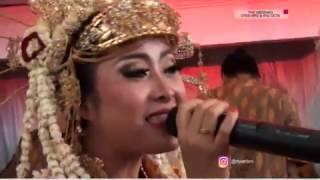Video Selalu Rindu - D'Band & Ayu Octavia download MP3, 3GP, MP4, WEBM, AVI, FLV Mei 2018