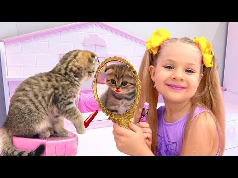 Диана и Рома играют с котятами