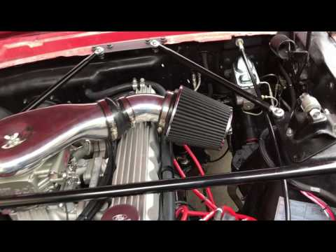 Ford 200 with Fitech injection - YouTube