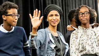 Somalis 'pleased' as Ilham Omar elected to US Congress