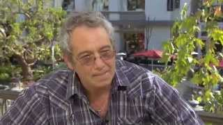 MIKE WATT !!  INTERVIEW AND PERFORMANCE