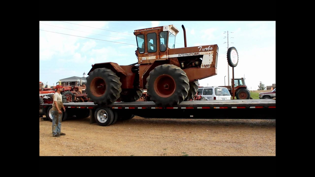 Bringing home the 4366 international tractor