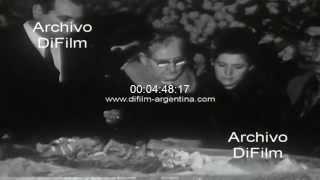 DiFilm - Velan los restos de Vandor en la Union Obrera Metalurgica 1969