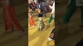 Main sajhdhaj ke kb tk karu intzar......Little girl amazing dance