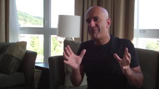 One of Robin Sharma's most viewed videos: How I Beat Procrastination | Robin Sharma