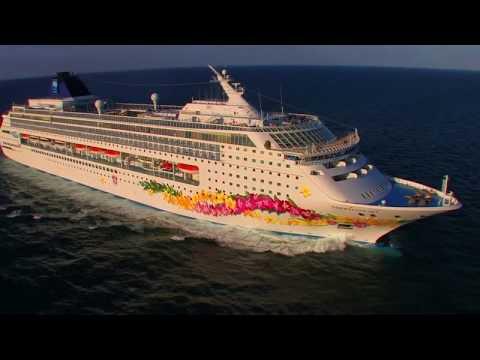 Barco Norwegian Sky por el Caribe