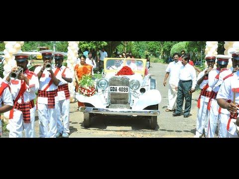 Wedding Luxury / Vintage Cars Rental in Delhi, Gurgaon, Noida Call Us - +91- 8506884444