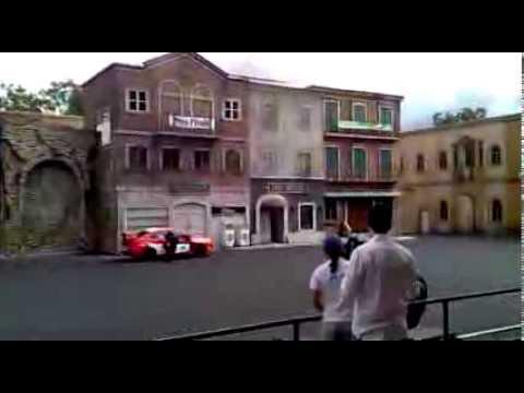 Hollywood Stunt Driver : Warner Bros. Movie World : Gold Coast Australia