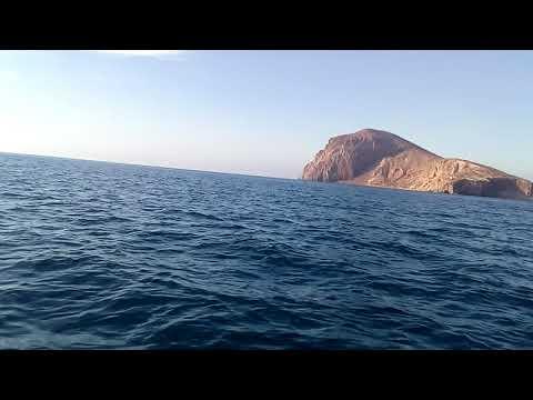 حكاية من عرض البحر الابيض المتوسط**واااااعرة**بجانب الجزر الجعفرية