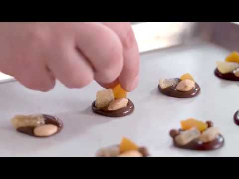 Tempering Technique video with L'Ecole Valrhona Pastry Chef Sarah Tibbetts