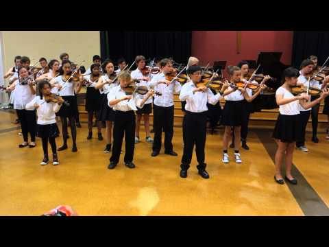 Perpetual Motion - Little Suite No. 6 by Carl Bohm: by NZ Suzuki violin students: Teacher Haruo Goto