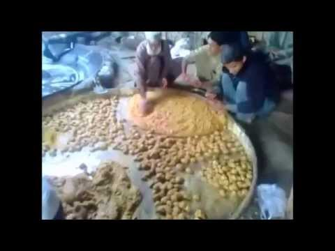 Best jaggery  khyber pakhtunkhwa gurra in pakistan نواں کلے پختونخواہ چارسدہ کا مشہور   گڑ