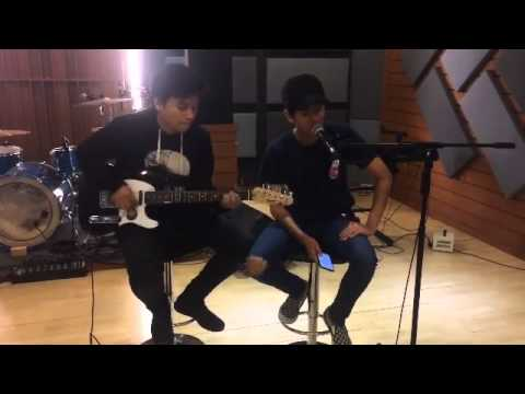 Iqbaal dan Aldi CJR - Love Yourself (cover)