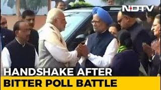 PM Modi, Manmohan Singh's Handshake After Bitter War Of Words