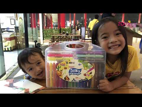 Hadiah kenaikan Kelas buat Zara dan Kenzo   Mewarnai dengan Crayon Gel Asyik Banget