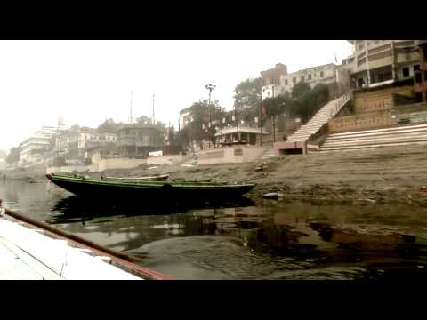 A journey to the holy city of Varanasi (India) by Frederic Dominioni