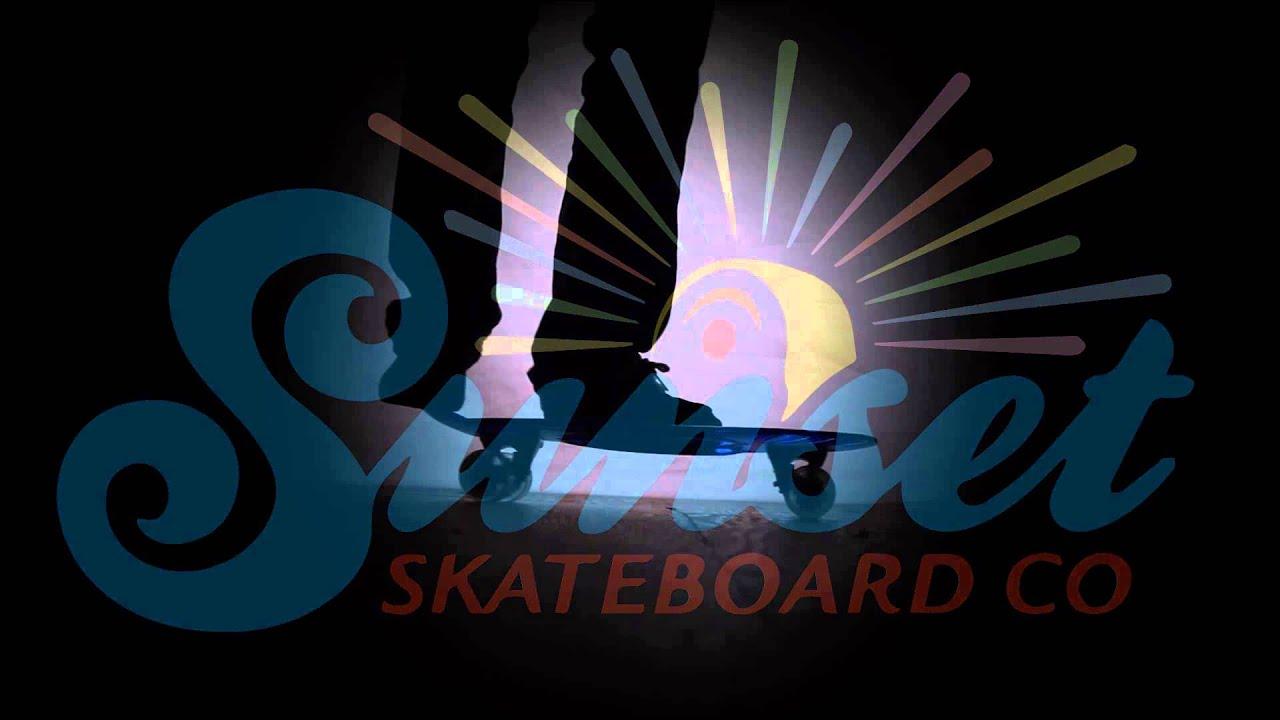 Sunset Skateboard Co. Cruiser with Flare LED Wheels - YouTube