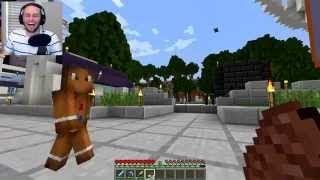 Minecraft CANDY LUCKY BLOCK CHALLENGE Gingerbread Man Fight! vanossgaming