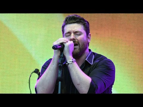 Chris Young's Emotional Dedication to Route 91 Victims
