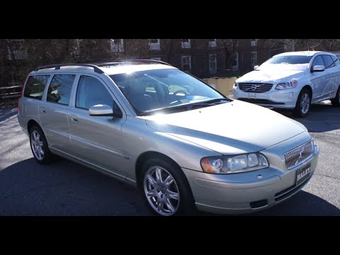 2006 Volvo V70 2.4 Walkaround, Start up, Tour and Overview
