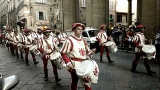 Download Ustata - Baila Morena Mp3 and Videos