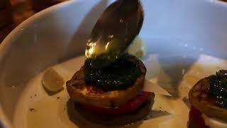Горячая закуска из баклажанов с томатами и сыром