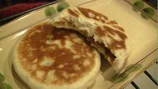 Ω (hd) Asmr - Eating Pan-fry Chinese Bacon & Cheese Cake & Drinking Pineapple Juice