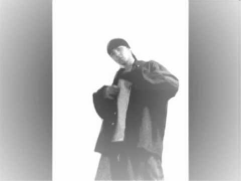 Spike - Semnale feat Cheloo.wmv