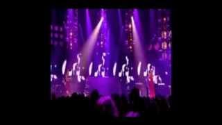 Alicia Keys, Gwen Stefani and Missy Elliot - Kiss