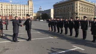 На площади Павших Борцов состоялся открытый строевой смотр сил и средств полиции