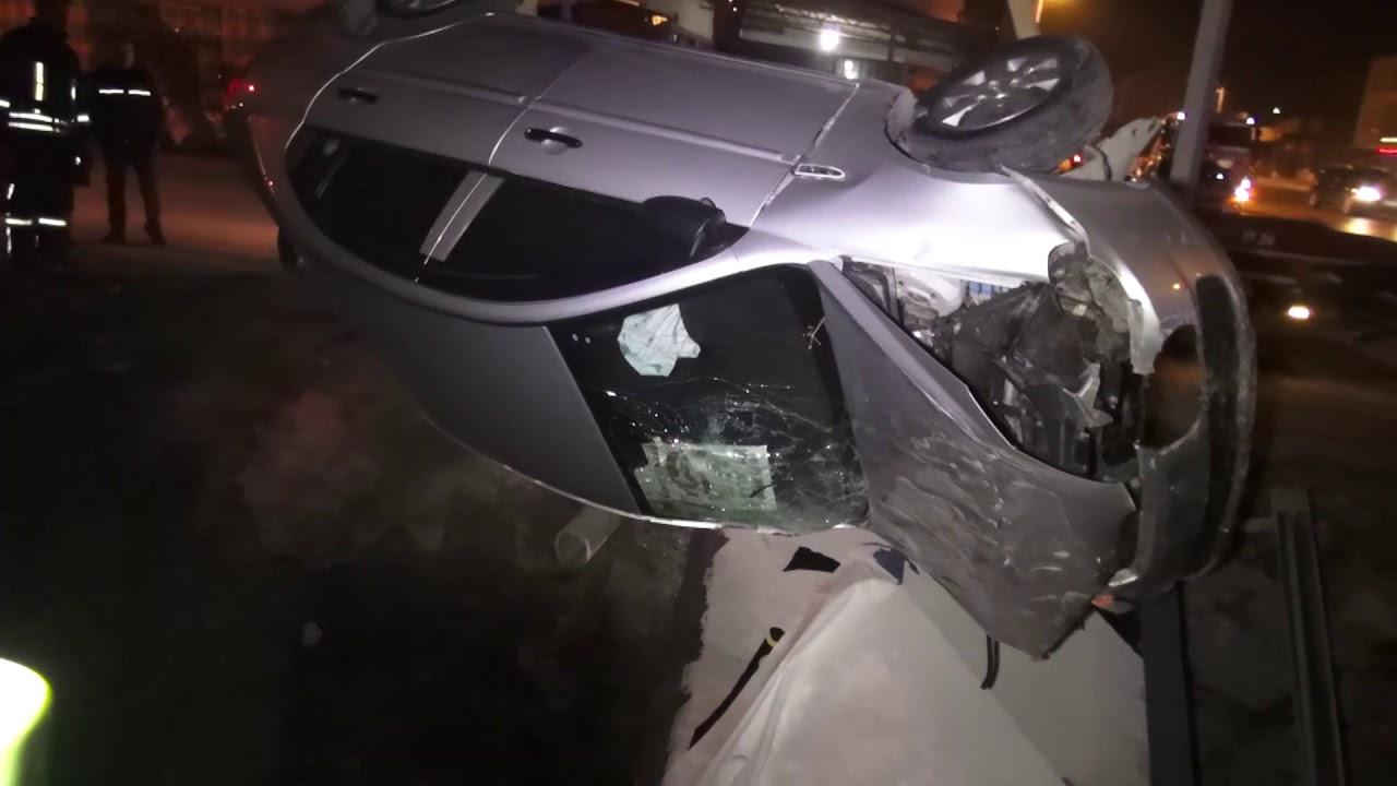 Hastaneye Giderken Kaza Yaptılar 4 Yaralı
