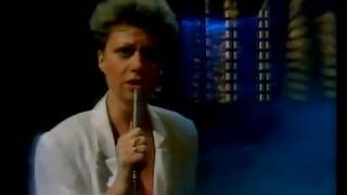 """""""Memory"""", - Elaine Paige - 1981 - from Andrew Lloyd Webber musical Cats"""
