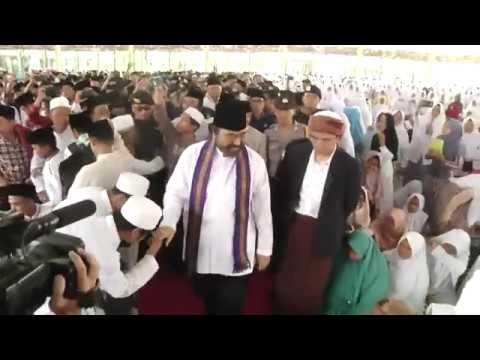 Surya Paloh Kunjungi Pondok Pesantren Qomarul Huda, Lombok