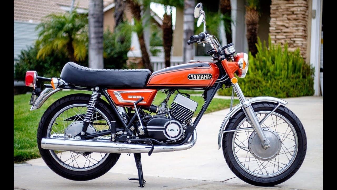 1972 yamaha r5 start warmup ride [ 1280 x 720 Pixel ]