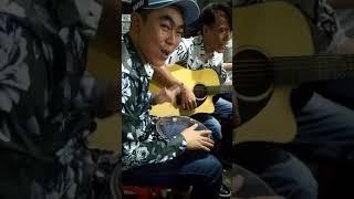 Lần Đầu Gặp Gấu Lé x Lượm Guitar Bà Chủ Tiệm Vàng Chi Liền 300 Đô | Official