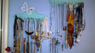 Tips on How to store necklaces & Jewelry!
