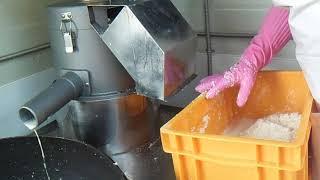 국산콩두부 제조과정_1,2차 콩갈기