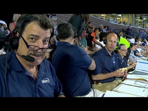 cws@nym:-mets'-broadcasters-get-a-hot-dog-delivery