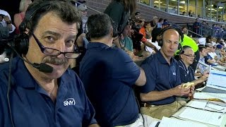 CWS@NYM: Mets' broadcasters get a hot dog delivery