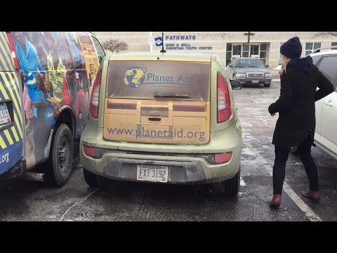 Planet Aid donates 1,500 pounds of clothing to Cleveland's City Mission preview