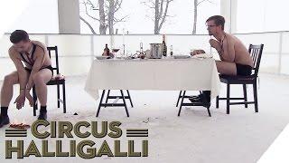Aushalten: Dinner on Ice Teil 2 | Circus HalliGalli thumbnail
