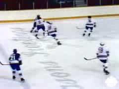 Gretzky plays with Gordie Howe Moscow Dynamo Hockey
