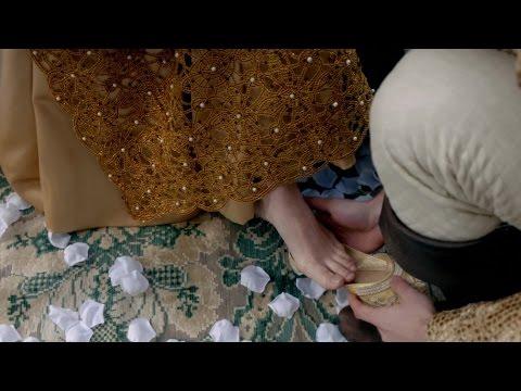 Rebecca Ferguson - feet scene & The White Queen (S01E02)