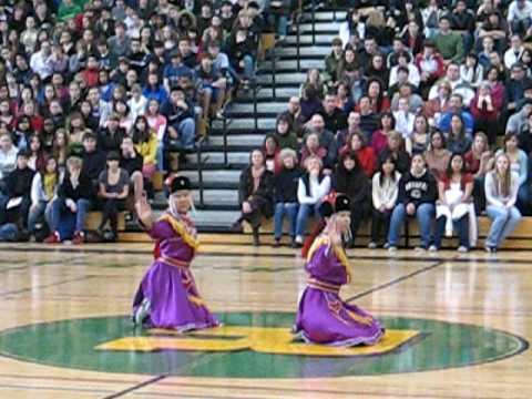 "Mongolian Dance ""Bayad Biyelgee"""